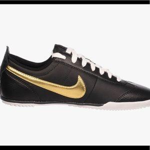 NEW! Nike Fivekay